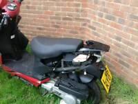 Yiying 125 moped