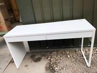 White IKEA desk - good condition