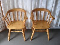 PAIR OF MATCHING PINE FARMHOUSE STYLE WIDE SEAT CARVER CHAIRS DINING CHAIRS