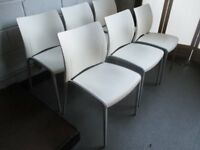 SET OF SIX QUALITY SENATOR S21 AR1 CREAM AND ALUMINIUM FINISH STACKING CHAIRS