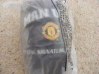 MANCHESTER UNITED OFFICIAL SIGNATURE FOOTBALL FROM 2003 (size one)