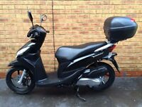Honda VISION 110cc *Immaculate, Low Miles & Box*