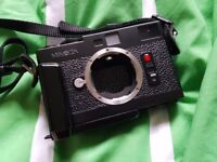 MINOLTA CLE rangefinder camera body, fully working with flash+grip (Compact Leica Automatic m-mount)