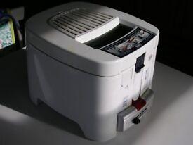 Delonghi Deep Fat Fryer F13235