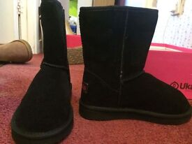 Black Ukala Boots ( Ugg Style ) UK size 3