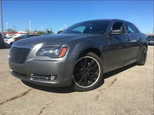 2012 Chrysler 300 S   PANOROOF   LEATHER   NEW TIRES  