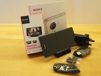 Sony Xperia Z3 Dual D6633 - 16GB - Black - Unlocked + Desk charger DK48