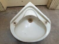 Reclaimed 1960s Corner Sink by ADAMSEZ Vintage Bath Large Wash Basin E