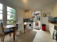 3 Bed garden House To rent- Oval
