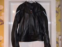 MOTORCYCLE LEATHERS 2 PIECE WITH REMOVABLE ARMOUR.