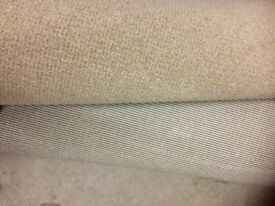 Beige carpet 3m x4m excellent condition as new only used for 6 months
