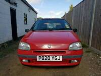 Renault clio low milage 61k 1.4 auto