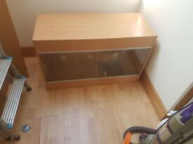 3ft Vivarium with mat, sat and bulb fitting £50
