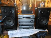 SONY MHC-EX50 AMPLIFIER +CD PLAYER +SPEAKERS ,REMOTE & TUNER .