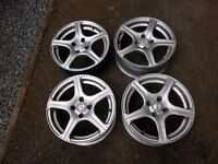 "15"" FOX ALLOY WHEELS 6.5J GOOD CONDITION ONE HAS SOME LIGHT KERB MARKS ON RIM EDGE"