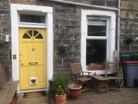Short term/ holiday let with garden and free on street parking
