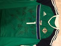 Signed Offical match top Northern Ireland football team