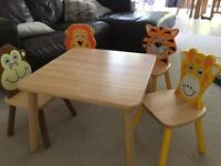 Children table and 4 animal chairs - Pintoy