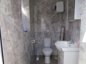 Fantastic double & single room in stratford