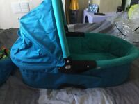 Quinny carrycot, sky blue, excellent condition