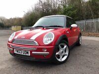 Mini Cooper 1.6L red excellent condition