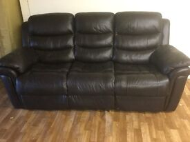 3 SEATER BROWN LEATHER RECLING SOFA