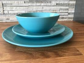 Set of 12 plates bowl dinerwear