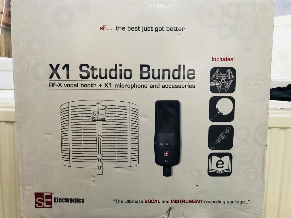 SE Electronic X1 Studio Bundle Microphone + Audio Interface
