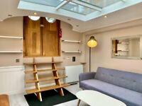 One bedroom houseboat near Kew