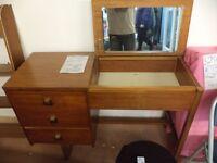 [SLC1/274] Odd hybrid dressing table/desk/chest drawers. Up-cycle project? W 107cm x B 43cm x H 73cm