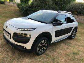 CITROEN CACTUS 1.2 PETROL 2017 MODEL ONLY 10,000 MILES!! LOVELY CAR!