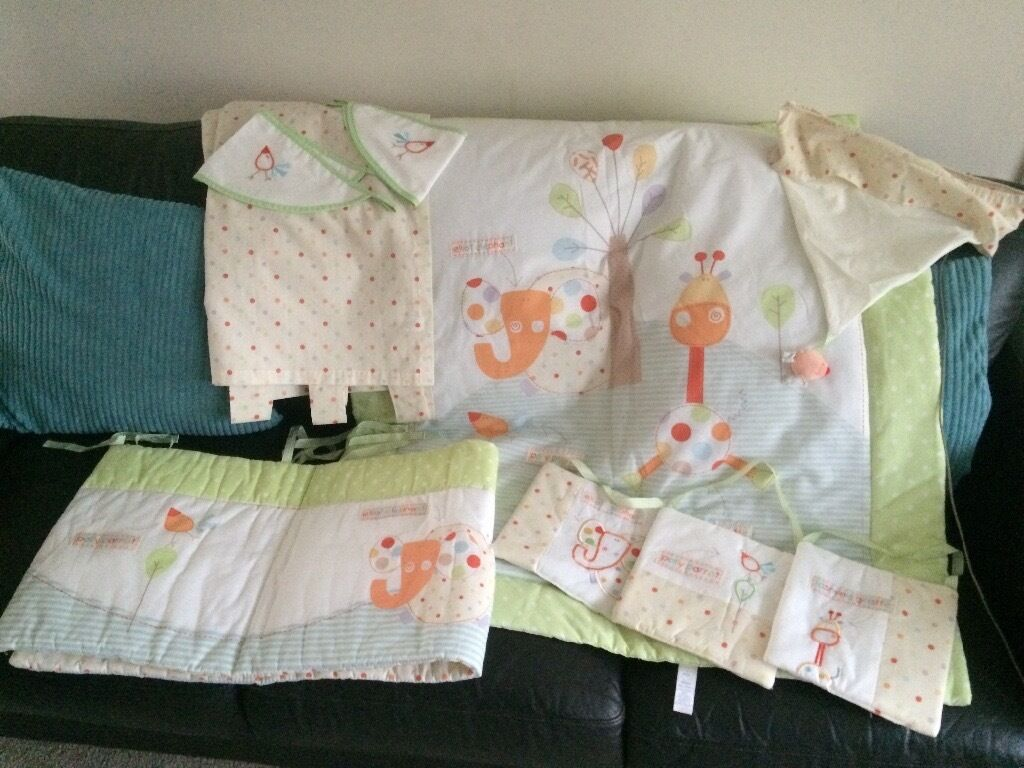 Nursery bedding set and accessoriesin Hull, East YorkshireGumtree - Excellent condition includes curtains and tie backs light shade wall hangings quilt and cot bumper