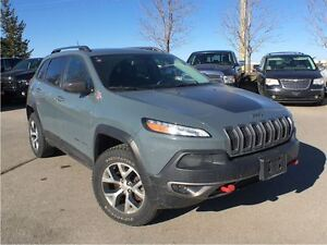 2015 Jeep Cherokee Trailhawk**LEATHER**BACK UP CAMERA**