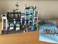 Lego City Police Station (7498)