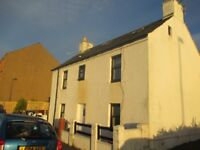 Traditional 3 Bedroom Seaside Cottage in Broughty Ferry