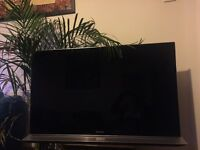 "Sony Bravia 40"" 3D LCD TV, with 2 Pairs of Glasses & Remote"
