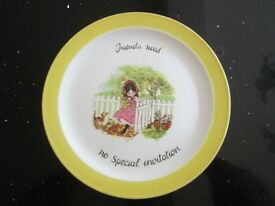 'LAURA' DECORATIVE STAFFORDSHIRE PLATE 'friends need no special invitation' 1970'S ~ £7.50