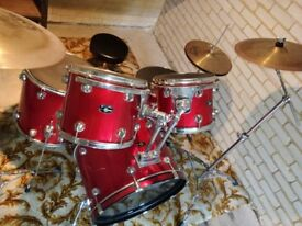 Pacific PDP 5 piece Drum Kit + hi-hat crash ride and stool