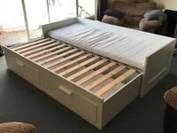 Single extendable bed