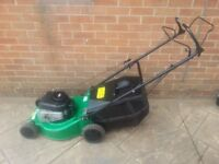 self propelled petrol lawnmower/lawn mower with briggs & stratton engine starts 1st time Bargain £80