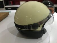 Lady's Vespa Helmet