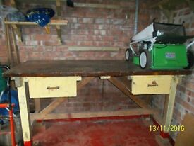 Wooden work bench