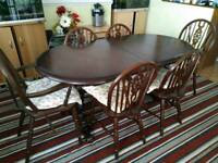Dining Table.+ 6 Chairs
