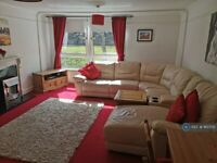 3 bedroom flat in Acre Road, Glasgow, G20 (3 bed) (#913705)