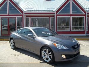 2011 Hyundai Genesis Coupe 2.0T!! SUNROOF!! AIR!! HEATED LEATHER