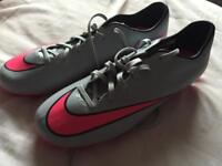 Mens Nike football boots new size 9