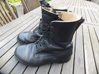 Men's Black Combat Army Style Boots, Size 9/Medium