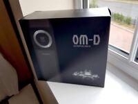 *** Brand new Olympus OMD E-M10 Mk II BODY in Black ***