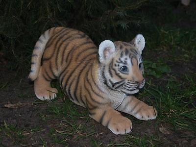 Tiger Tigerbaby spielend Dekoration Figur Wildtiere Gartendeko lebensecht Hotant