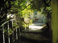 Cottage 1 hr. from Calais.3 beds,living,dining-room.kitchen,bthroom.2000sq.m.including large garden
